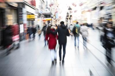dan zaljubljenih, zaljubljeni, par, dvoje, ljudi, beograd, ljubav, zagrljaj, zagrljeni,