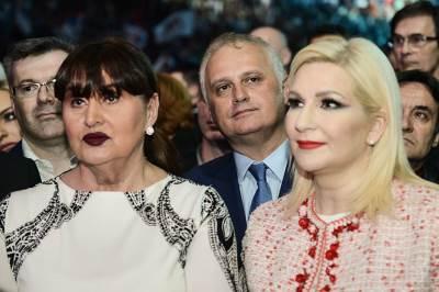 nada macura, goran vesić, zorana mihajlović, sns miting, aleksandar vučić, arena, izbori, predsednički izbori