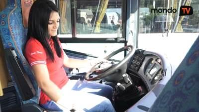autobus, saobraćaj, vožnja, putovanja, devojke, vozači, šoferi