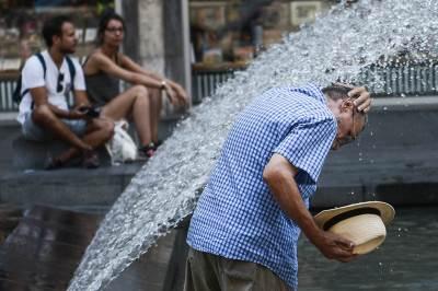 vrućina, leto, lepo vreme, beograđani, beograd, ljudi na vrućini,