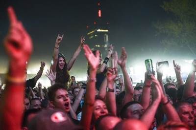 beer fest, publika, ljudi, gužva, koncert, žurka, festival