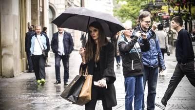 jesen, kiša, kišobran, devojka,