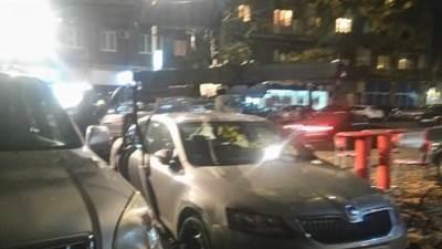 pauk, auto, nepropisno parkiranje