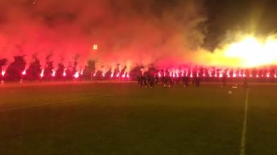 Partizan, grobari, baklje, bakljada