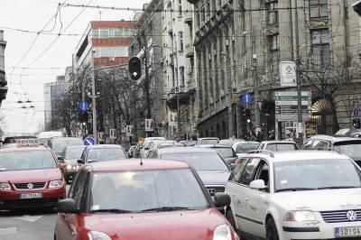 gužva, saobraćaj, praznici, praznična gužva, kupovina