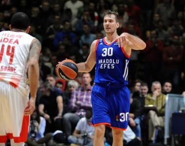 Zoran Dragić Efes