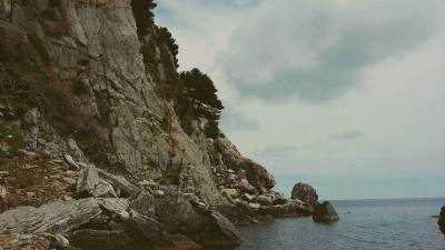 more, talasi, ljeto, voda, nebo,stijene