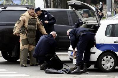 bomba, policija
