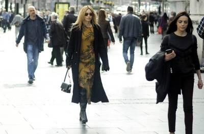 devojka, haljina, lepo vreme, šetnja