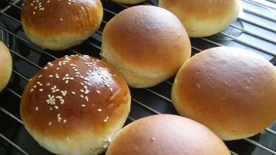 pecivo, ugljeni hidrati, hleb