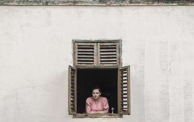 devojka, selo, prozor, ivanovo