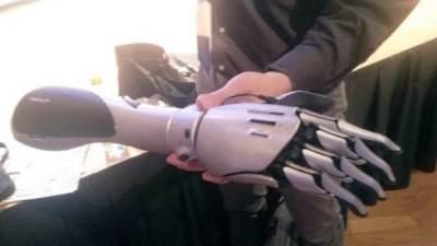 Ruka, Robotska ruka, Veštačka ruka