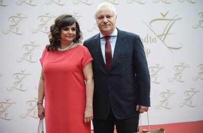 Mlađan Dinkić sa suprugom
