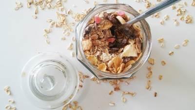 doručak, musli, zdrava hrana, žitarice, tegla, suvo voće