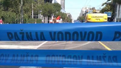 ulica kralja milana, centar grada beograda, poplava, popravke na putu, blato, bager, rupa na putu, radovi na putu, vodovod
