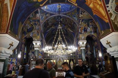 crkva vernici ikone freska freske ikonostas spc