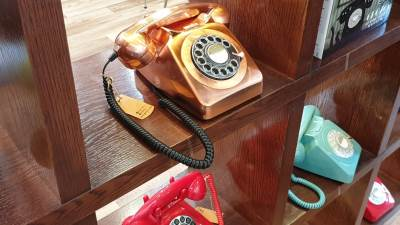 Fiksni, Telefoni, Brojčanik, Analogni telefon, Stari fiksni telefoni, Fiksni telefoni retro moda, GPO Retro telefoni IFA 2018, Retro telefoni