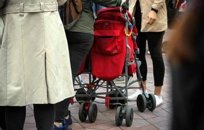 kolica za bebu, trudnice, porodilje, trudnica, bebe, mame,