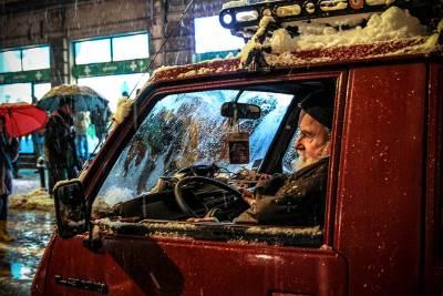 sneg, zima, mećava, automobil, saobraćaj