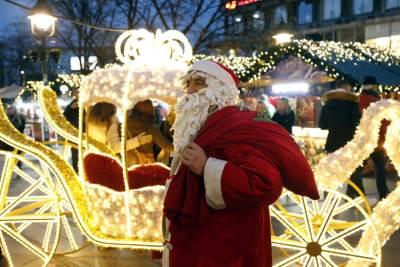 nova godina, knez mihailova, deda mraz, trubači