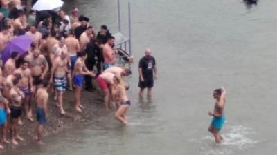 Plivanje za časni krst