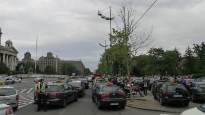 taksisti, taksista, taksi, taksi vozila, protest taksista
