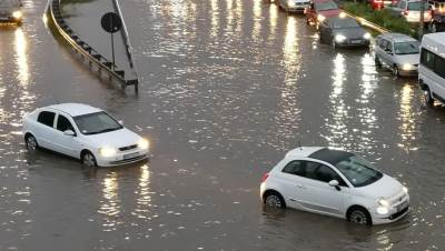poplava, automobili