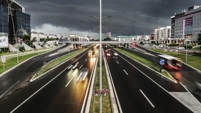 autoput, kiša, oblačno, nevreme, oluja, novi beograd